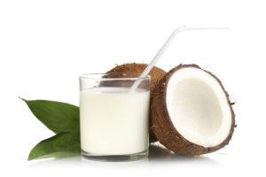 Conheça os benefícios do coco