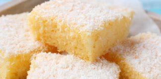 bolo de coco gelado com abacaxi
