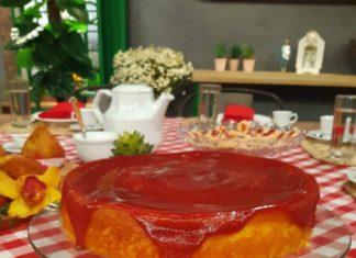 bolo de milho cremoso com goiabada