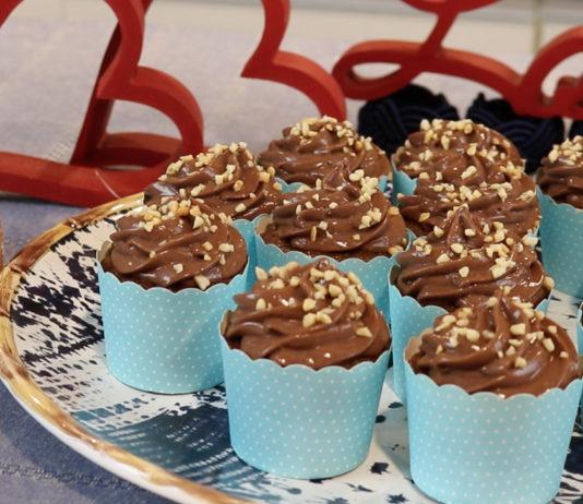 Cupcake de Paçoca Light