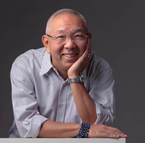 terapeuta Tadashi Kadomoto