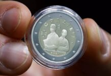 moeda comemorativa profissionais da saúde
